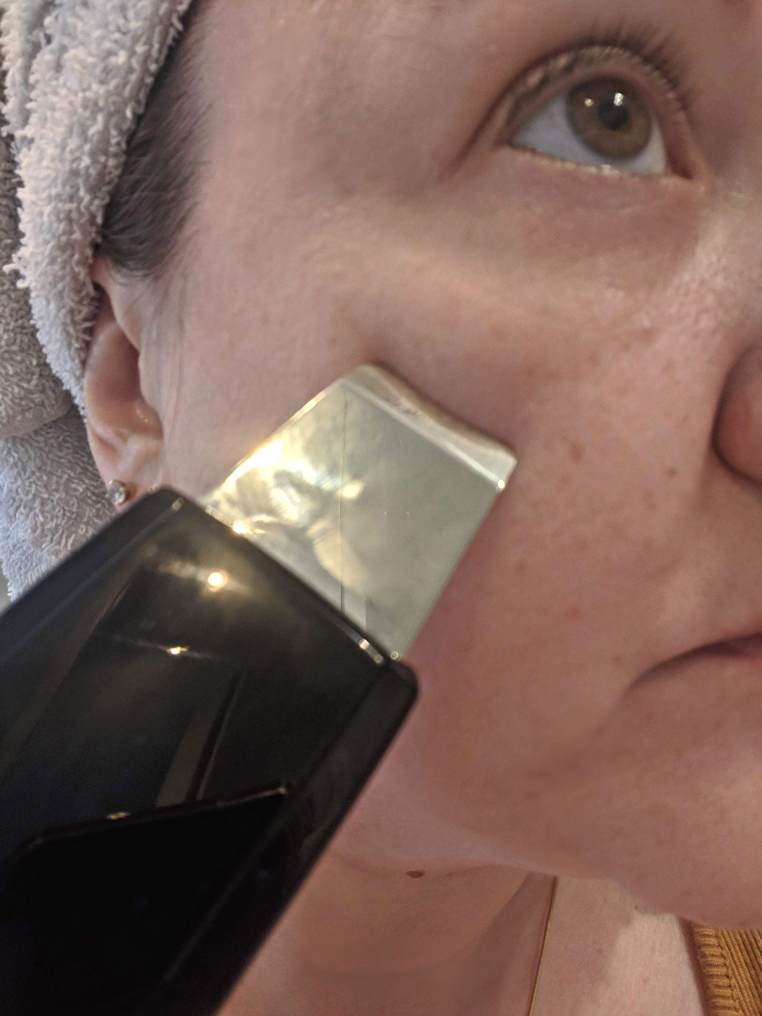 Trophy Skin LaBelle Ultrasonic Skin Spatula Review #skincare #skincarereviews #TrophySkin