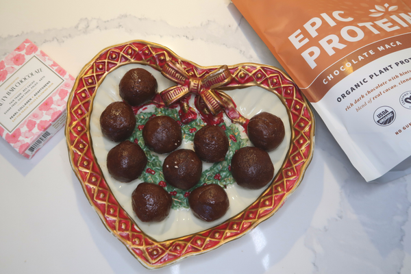 The perfect holiday treat or dessert. Stress fighting protein balls that are gluten free, dairy free, sugar free, vegan and contain adaptogens and superfoods to help your body respond to stress.