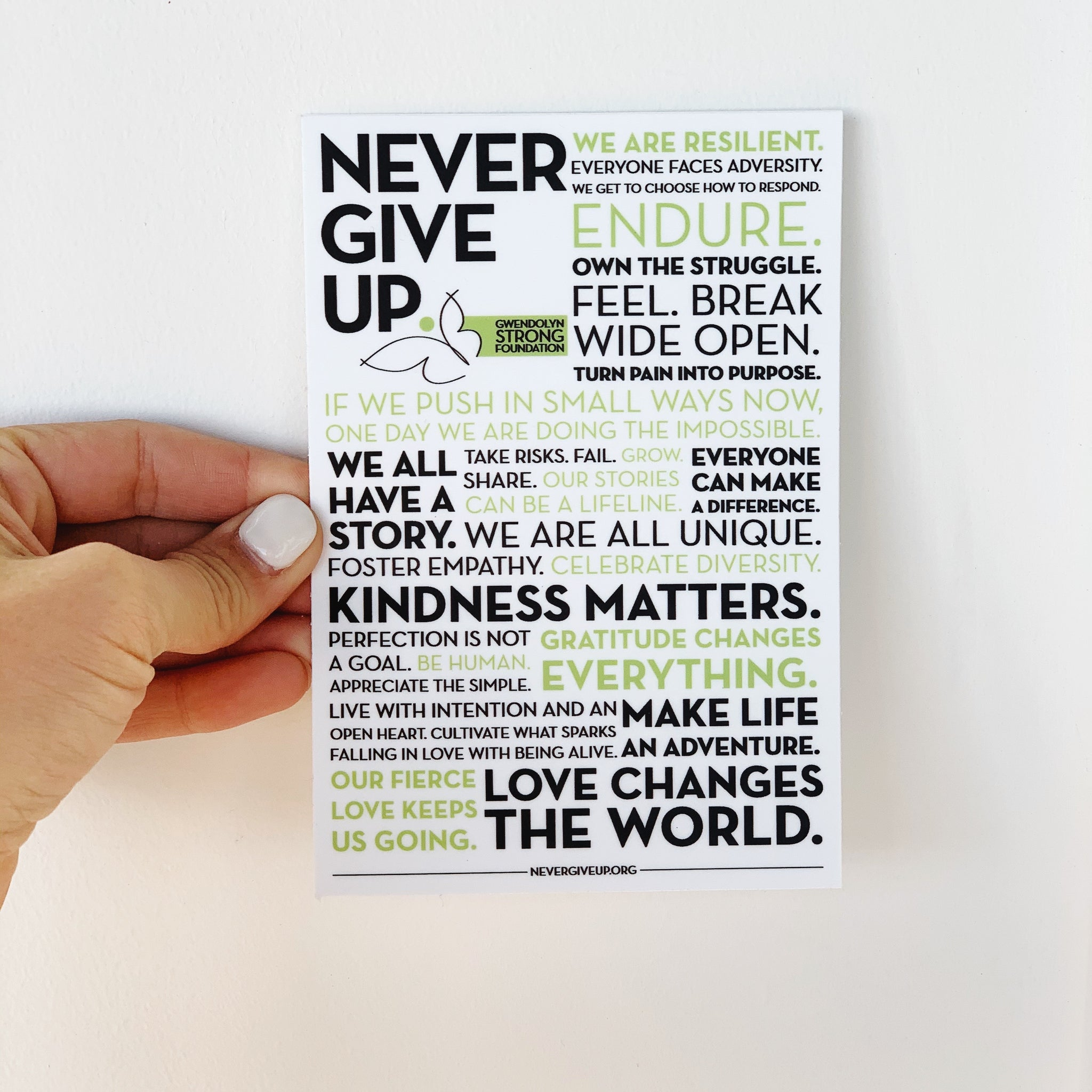 NEVER GIVE UP. MANTRA STICKER