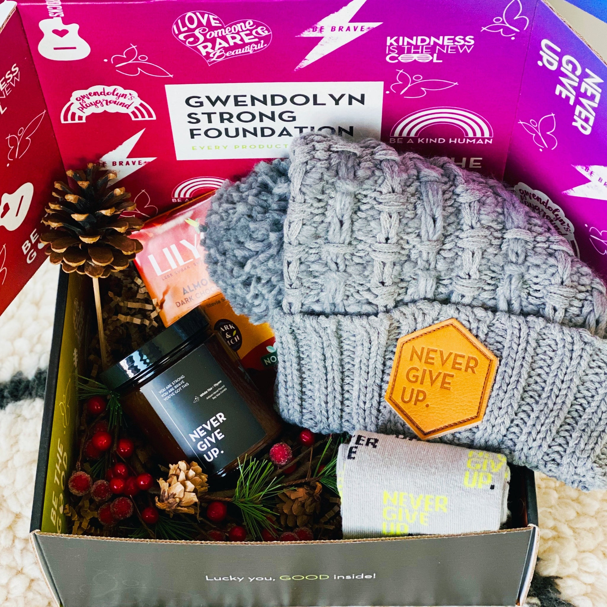 ULTIMATE COZY GIFT BOX