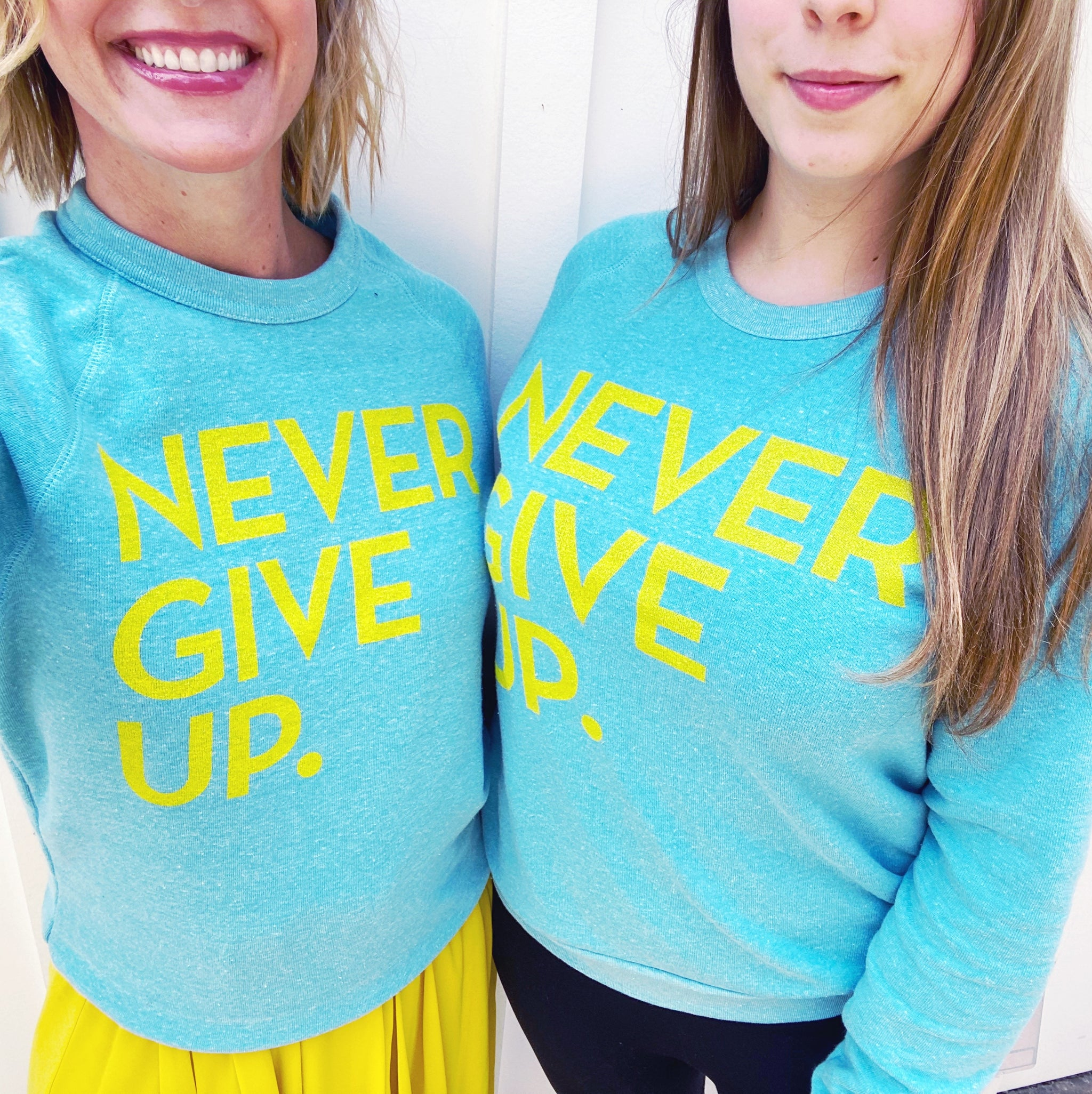 SPRING NEVER GIVE UP. PULLOVER