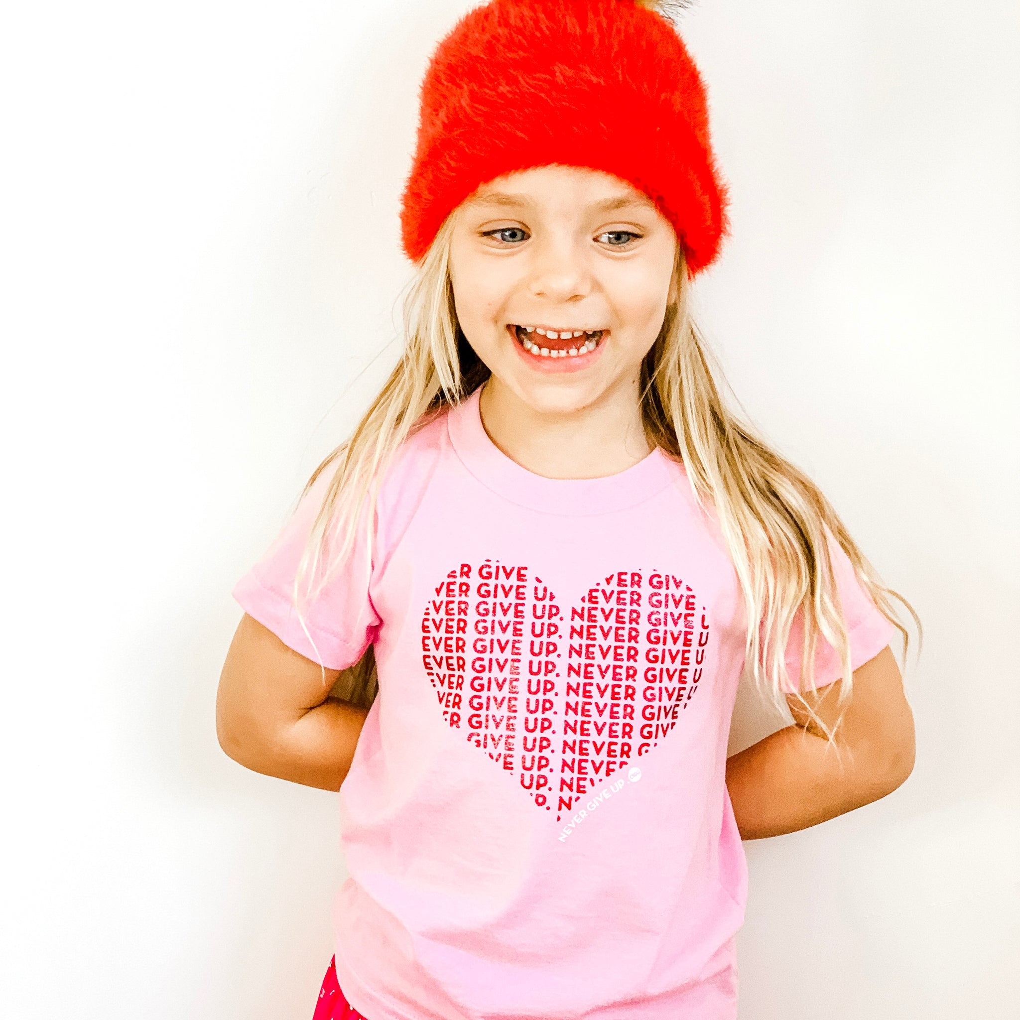 KIDS HEART NEVER GIVE UP. TEE