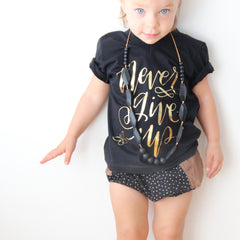 KIDS CALLIGRAPHY GOLD TEE