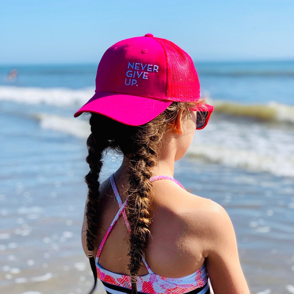KIDS NEVER GIVE UP. HAT (PINK)