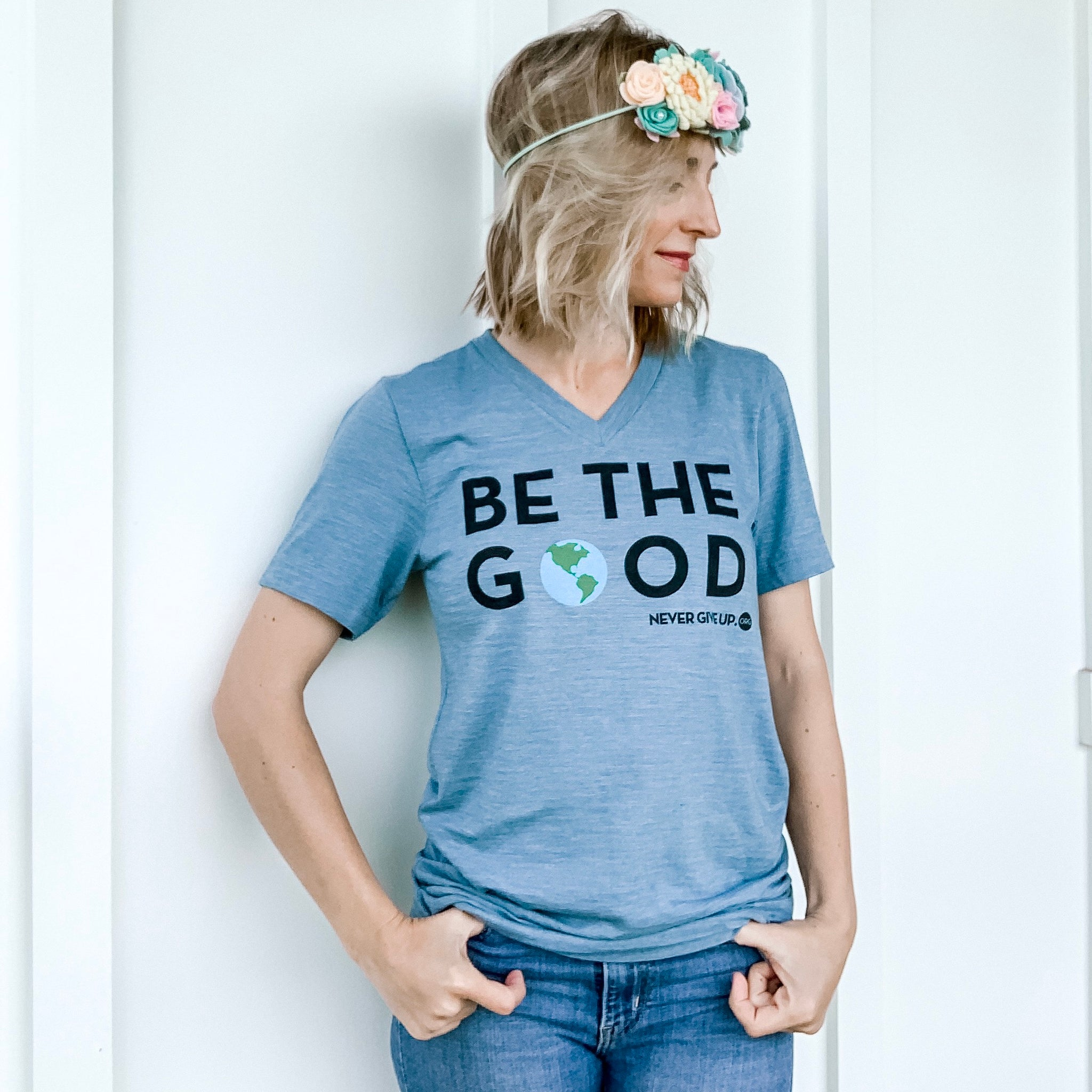 BE THE GOOD. UNISEX VNECK