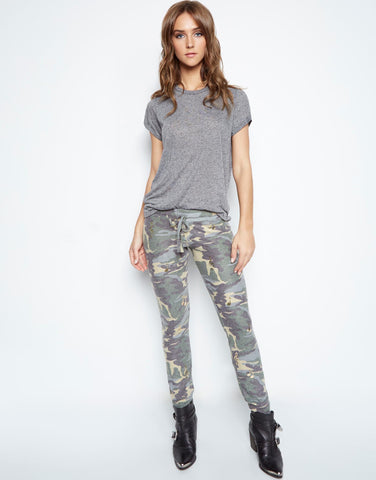 Lauren Moshi Women's Kizzy Foil Allover Music Notes Sweatpant w/Cuff - Vintage Camo