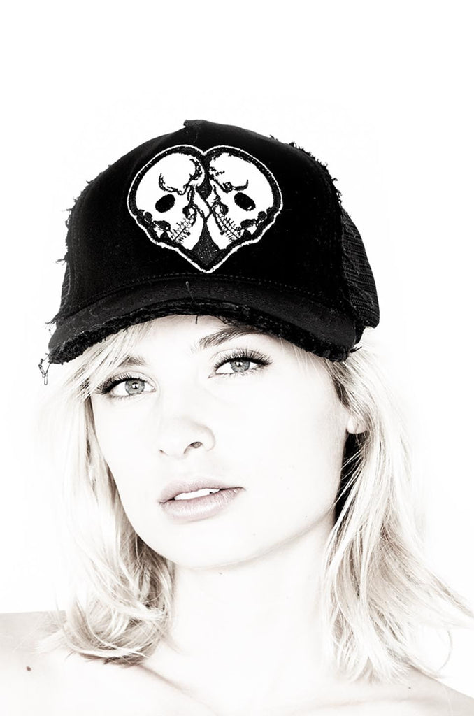 Jilly Skull Heart Patch Canvas Trucker Hat - Lauren Moshi
