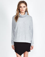 Josh Turtleneck Pullover