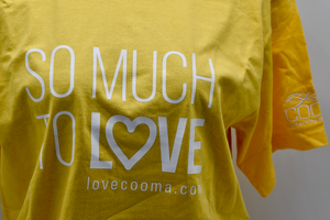 T SHIRT SO MUCH TO LOVE
