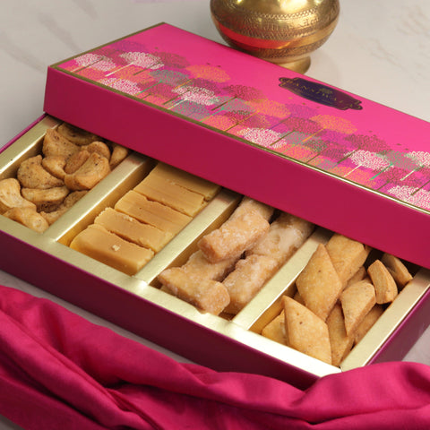 Luxury Meetha Namkeen Combo Box