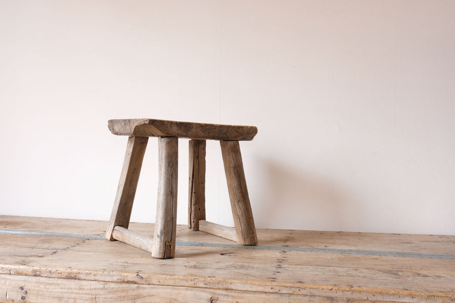 Early 1900's primitive elm milking stool 1001155