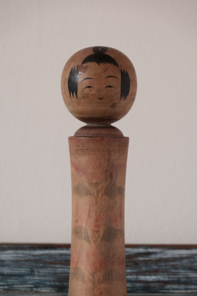Traditional Vintage Japanese Kokeshi Doll 240mm high (1196d)