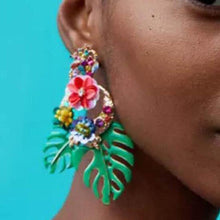 Color Leaf Earring https://detail.1688.com/offer/570076587312.html