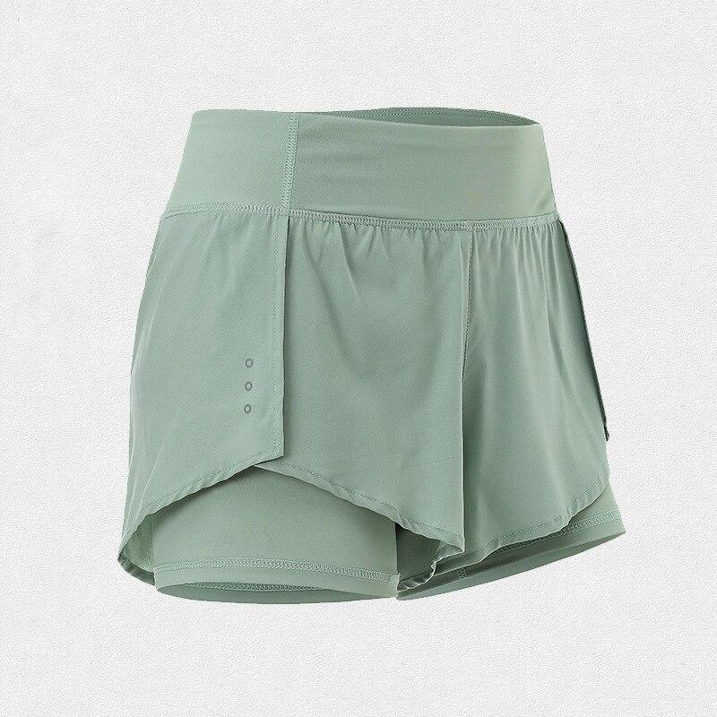 Quick-Drying Summer Sports Shorts https://detail.1688.com/offer/619800323386.html?spm=a2615.7691456.autotrace-offerGeneral.13.63125446omFRda