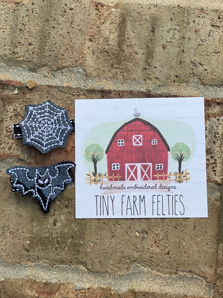 Glow in the dark Spider Web & Haunted House Barrette Set