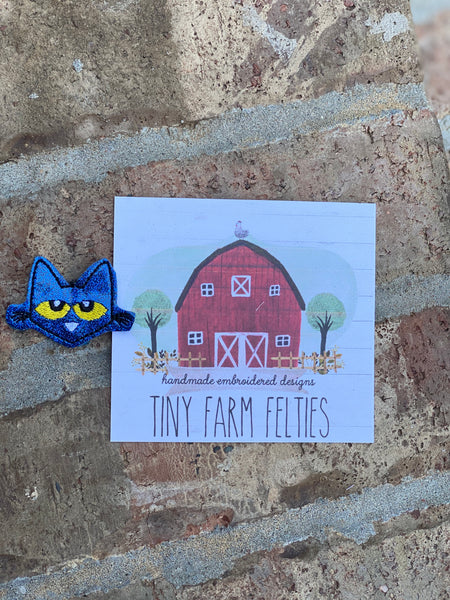 Pete the Cat Interchangeable Feltie (Topper Only)