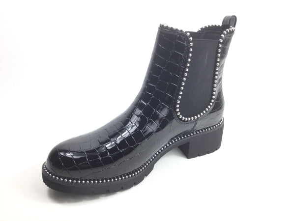 Ankle Boot with Rubber sole Hardwearing Black patent effect Pull on