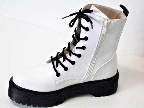 White Ankle Boot Hardwearing Sole side zip