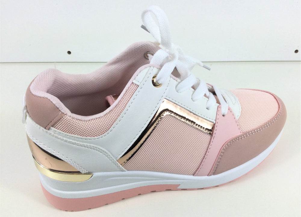 Pink Sports Shoe's