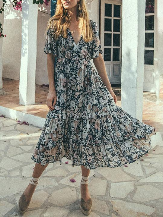 Chic v neck floral printed defined waist vacation dress