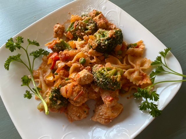 Chicken and Broccoli Pasta With Rosa Sauce