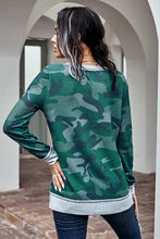 Load image into Gallery viewer, Brex Camo Thermal Knit Top