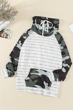 Load image into Gallery viewer, Green Cowl Neck Striped Camouflage Splice Sweatshirt