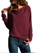 Load image into Gallery viewer, Burgundy Concise Pullover Sweatshirt