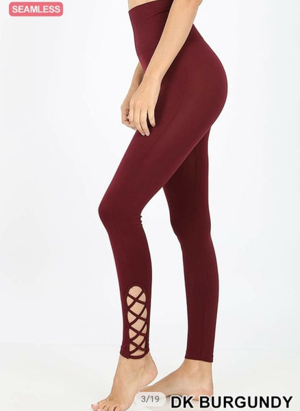 LATTICE-HEM HIGH WAIST TUMMY-CONTROL LEGGING