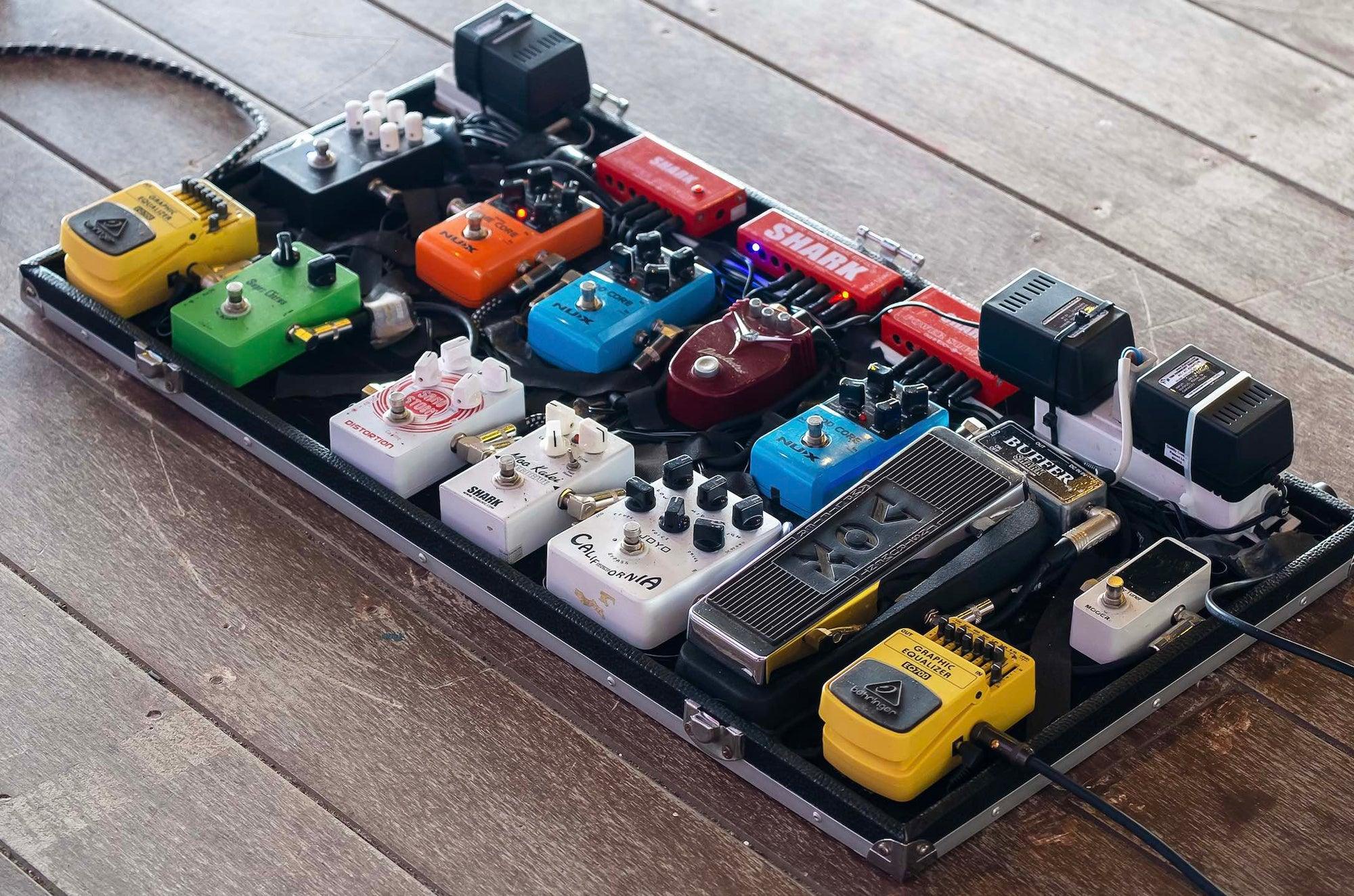 Six Tips For Painless Pedalboard Building