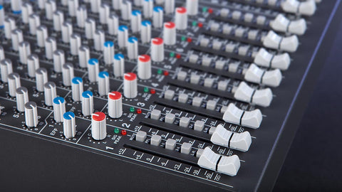 carvin c1648 16 channel mixing console