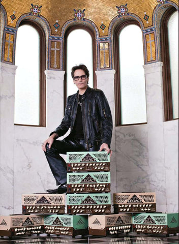 Steve Vai with the VL300 series 100W signature tube guitar amplifier