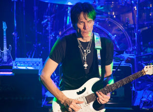 Steve Vai Playing Legacy Drive Preamp Pedal carvin vld1