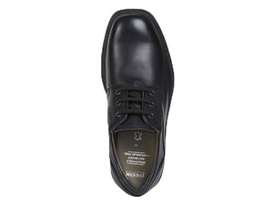 This school uniform oxford shoe for both girls and boys offers a smooth leather front with three lace holes on each side for a great fit.