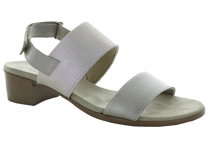 Kristal Pearl Metallic by MUNRO 6.5, 7, 7.5, 10 Only