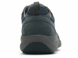 The heel view allows you to see the pull tab, solid heel counter and cushioned on sole.
