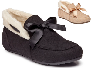 Tailored ladies slipper in natural and black with matching satin large tied bow.  White collar surrounds back half contrasting with wool slipper moccasin stitching.