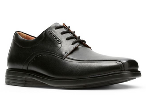 A very comfortable dress shoe for men.  The smooth leather shines with features like a square toe, bicycle stitching, air vents, padded collar and four eyelet lace up.
