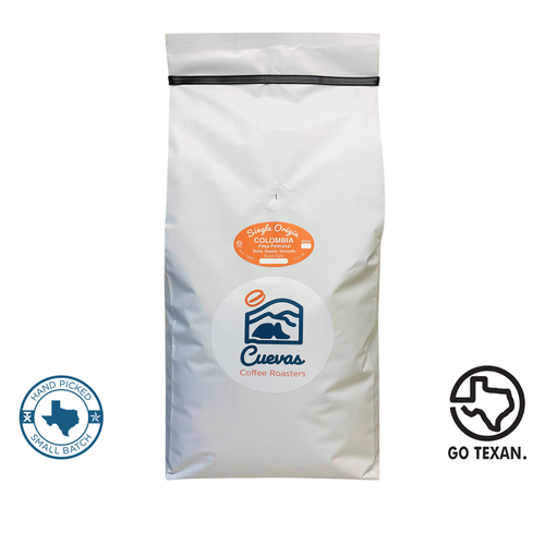 Located in La Coqueta, Genova, Quindio at an elevation of 1,560m, this Castillo 100% Arabica coffee produces a Floral Aroma with the distinct flavors of Tangerine, Pineapple, Mixed Berries. This coffee also exudes a silky full body with bright and winey acidity.
