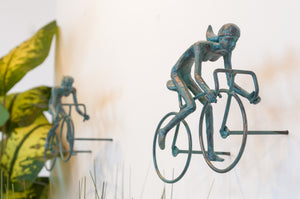 2 piece 3D Sculpture Bicycle Wall Art Gift For Home Decor Interior Design UNIQUE AND AMAZING floating Couple Ladies Bronze