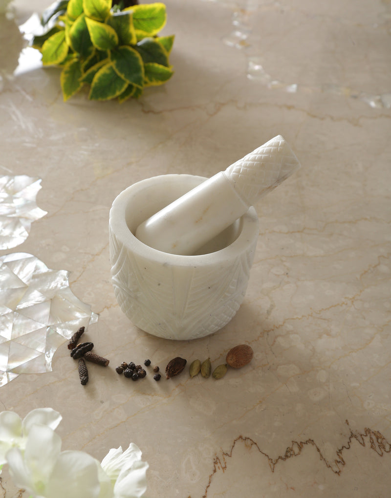 Never seen before absolutely stunning Hand Carved Mortar & Pastel in Marble - Sweet Magnoliaa