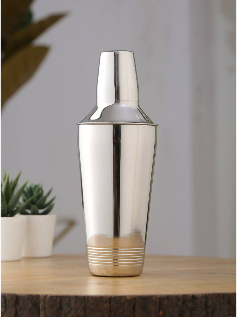 Premium Quality Ribbed Stainless Steel cocktail shaker with Mirror Finish