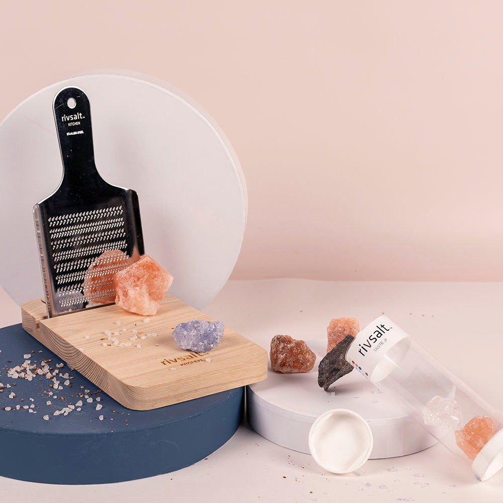 Rivsalt Kitchen - Pink Salt & Grater