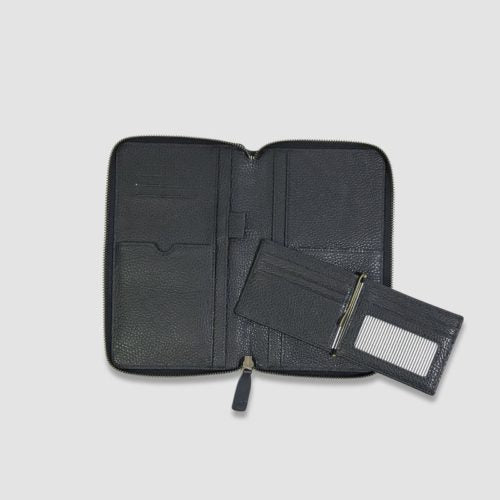 Kinnon Men's Travel Wallets