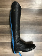 Load image into Gallery viewer, O/C Ariat style 10010174 6.5B med height XS calf