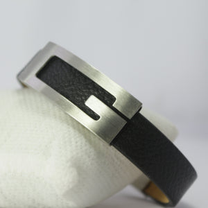 BIG G SILVER LEATHER BRACELET