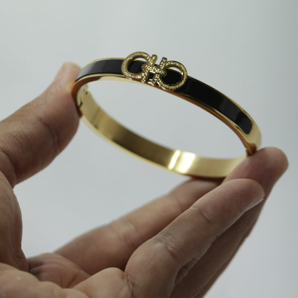 ROYAL GOLDEN BRACELET