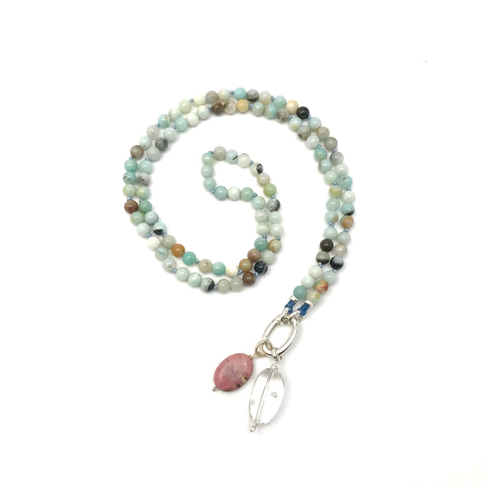 This special Intention Mala necklace was created with beautiful 6mm black gold amazonite gemstones. This mala comes with a Crystal Quartz Charm like the one in the photos (the other charms are for show only and can be purchase separately).