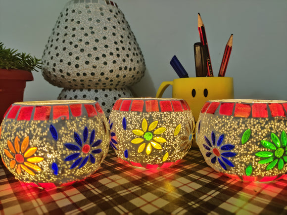 Tea Light Holder - Set of 4 Multicolour Floral holders