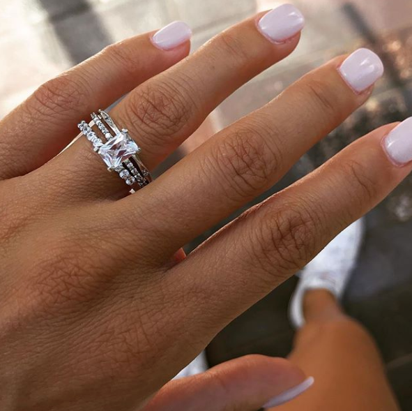 The Five Popular Engagement Ring Shapes In 2019
